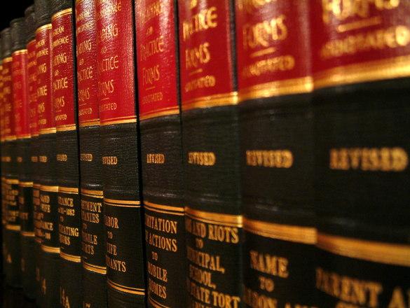 Bardzo często mieszkańcy obecnie wymagają pomocy prawnika.